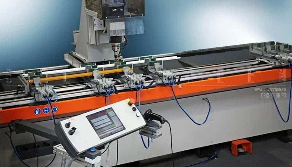 Máy CNC cửa lưới Neher